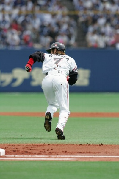TSUYOSHI(西岡)